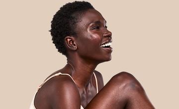 soluciones y humectantes para la piel seca de las damas