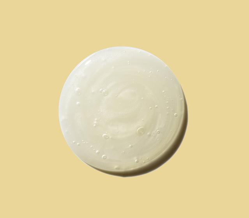 loción de avena fuera del recipiente de aveeno active naturals